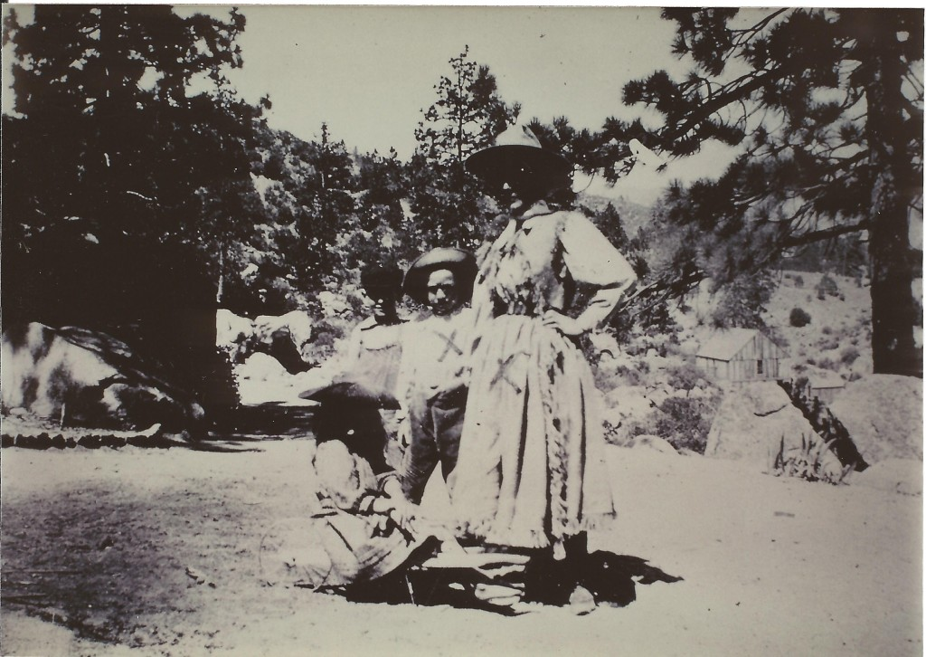 Emma Thomas Knowles, Willie & friend by Hemet Lake